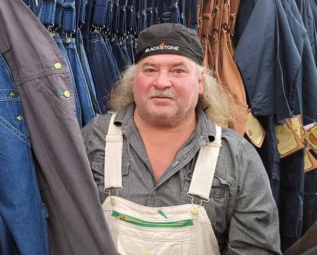 Photo of Bruce Mitchell from Swamp People.